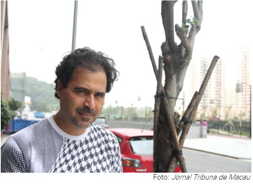 """Para José Eduardo Agualusa, foi uma surpresa encontrar a Língua Portuguesa viva em Macau. """"Eu acredito no fim das fronteiras. De todas as fronteiras."""""""