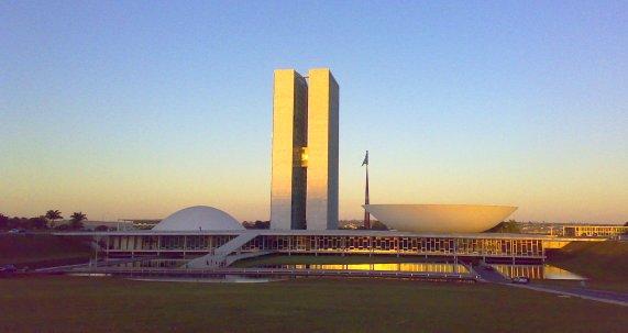 No Congresso Nacional em Brasília, estiveram reunidos cerca de 30 parlamentares vindos de todos os países-membros da CPLP.
