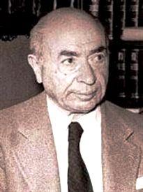 A iniciativa popular aprovada homenageia o escritor e empresário galego Valentín Paz-Andrade (1898-1987).