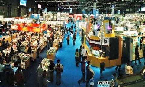 A Feira Internacional do Livro de Buenos Aires, que homenageia São Paulo em sua 40ª. edição, reúne 1.500 expositores de mais de 40 países e espera atrair mais de um milhão de visitantes.