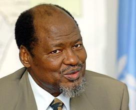 """Joaquim Chissano: """"ambiente pacífico e ordeiro"""" na segunda volta das eleições guineenses."""
